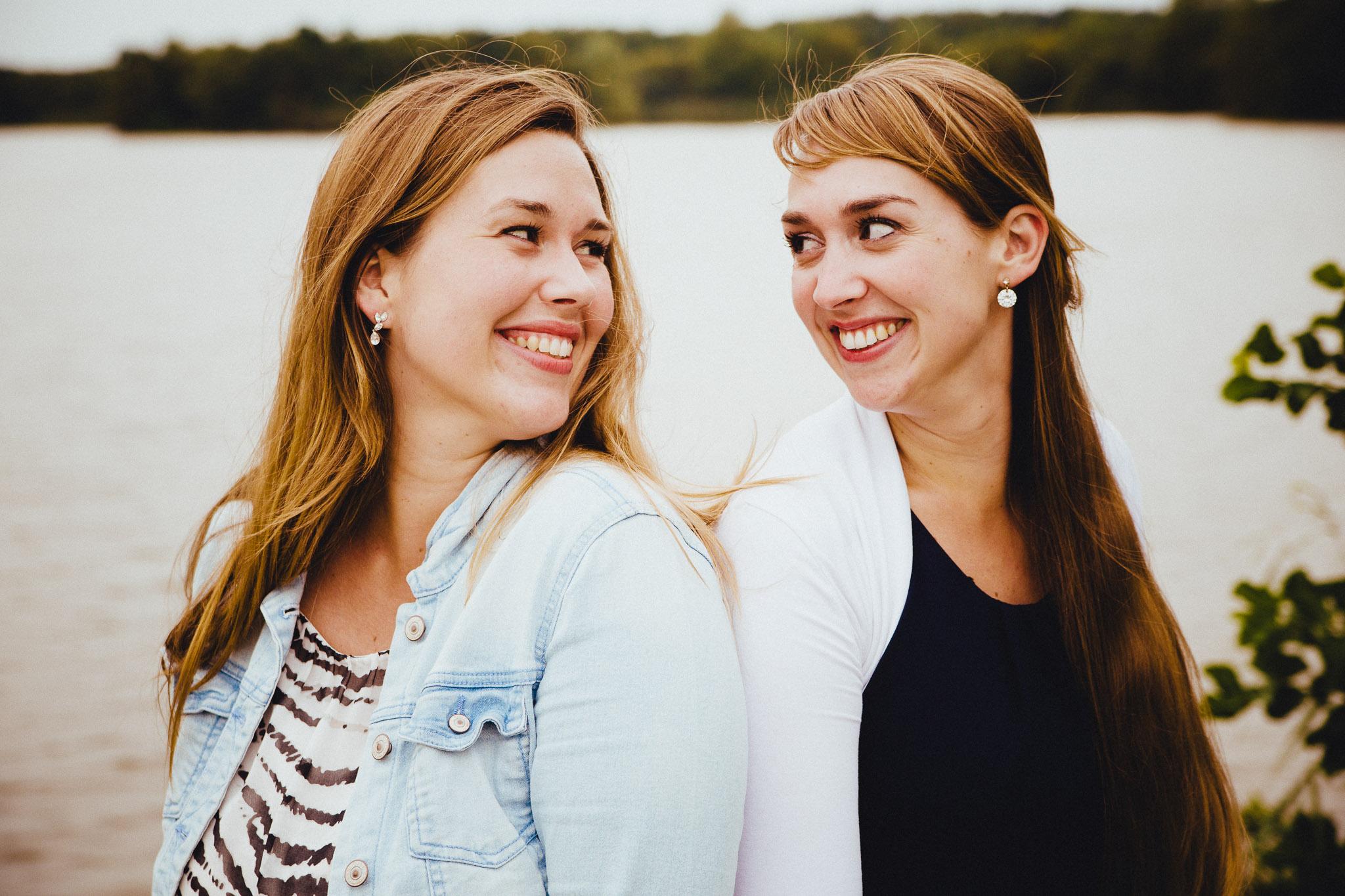 portret foto zussen samen in wildervank