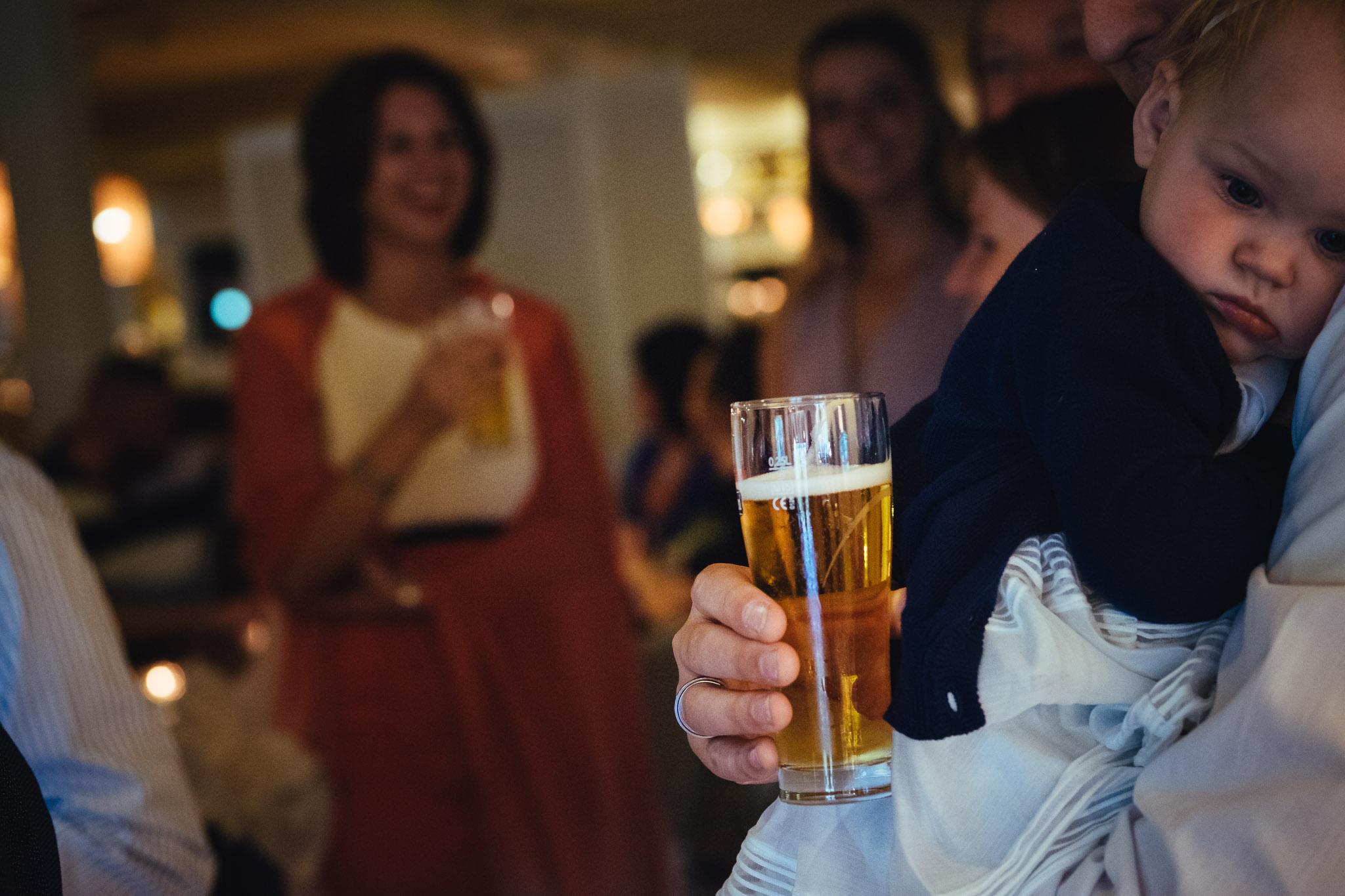 bruiloft op landgoed westerlee in groningen met dilek en tim